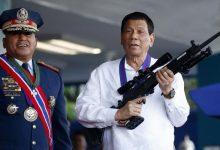 """رئيس الفلبين يهدد مواطنيه الرافضين للقاح كورونا بـ """"السجن"""" 11"""
