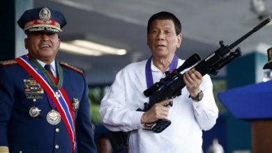 """رئيس الفلبين يهدد مواطنيه الرافضين للقاح كورونا بـ """"السجن"""" 3"""