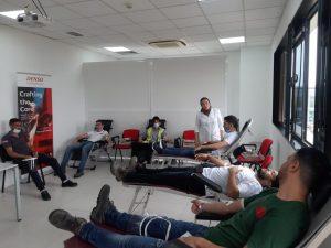 بمناسبة اليوم العالمي..مركز تحاقن الدم يطلق حملة واسعة من أجل التبرع 4