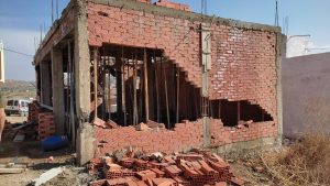 """السلطات تشن حملة واسعة على """"البناء العشوائي"""" بجماعة البحراويين وتهدم عدد من البنايات 5"""
