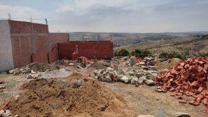 """السلطات تشن حملة واسعة على """"البناء العشوائي"""" بجماعة البحراويين وتهدم عدد من البنايات 3"""