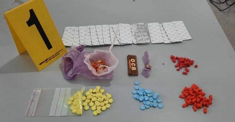 ضبط شاب متلبس بحيازة 500 قرص مخدر بأصيلة 1