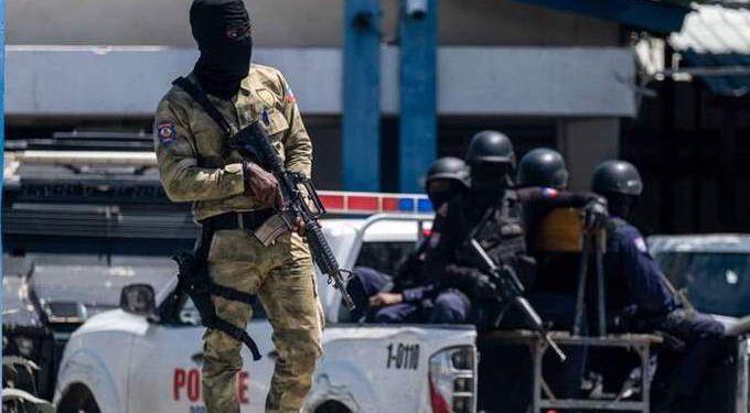 """اعتقال المدبر المحتمل لعملية اغتيال رئيس هايتي """"جوفينيل مويس"""" 1"""