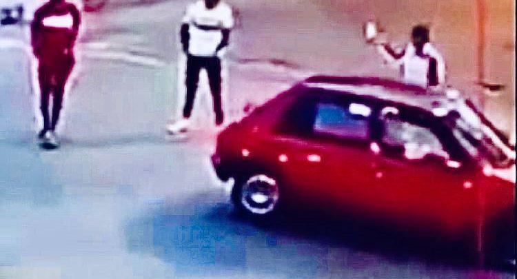 في ظرف وجيز..الأمن يوقف بطل فيديو هجوم على سيارة بواسطة سيف 1