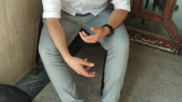 """سلوك بلطجي..مستخدمي شركة """"إنترشپينغ"""" يعتدون على الزميل بلشقر ويحجزون على معدات التصوير 1"""