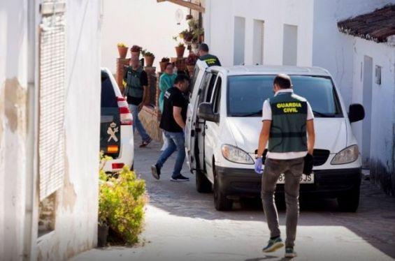 طفل مغربي يطلق النار على شقيقته بإسبانيا 1