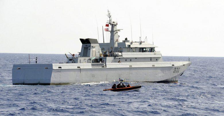 البحرية الملكية تقدم مساعدة ليخت إسباني واجه صعوبات في عرض البحر 1