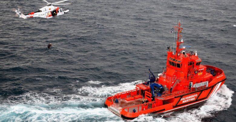 البحرية الإسبانية تنقذ شابين مغربيين تاها لأزيد من 48 ساعة في البحر 1