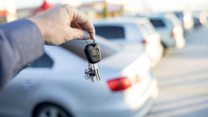 ارتفاع في أسعار تأجير السيارات يثير استياء الزبناء 1