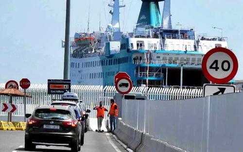 """أمن الناظور يوقف 5 مسافرين من أسرة واحدة قدموا اختبارات كورونا مزورة بميناء """"بني انصار"""" 1"""
