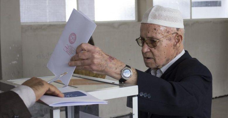 انطلاق عملية التصويت لانتخاب أعضاء الغرف المهنية بالمغرب 1