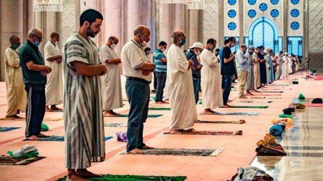 عاجل..السماح بإقامة صلاتي العشاء والفجر في المساجد 1