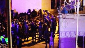 القوات العمومية تصد محاولة اقتحام سبتة المحتلة من لدن 400 مهاجرا (فيديو) 3