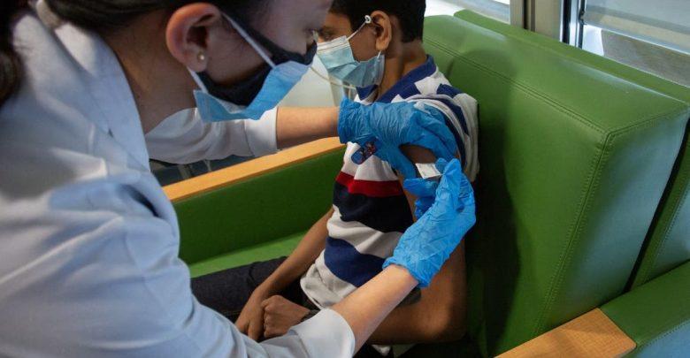 إصابة طفل بشلل نصفي بعد أيام من تلقيه الجرعة الثانية من اللقاح 1